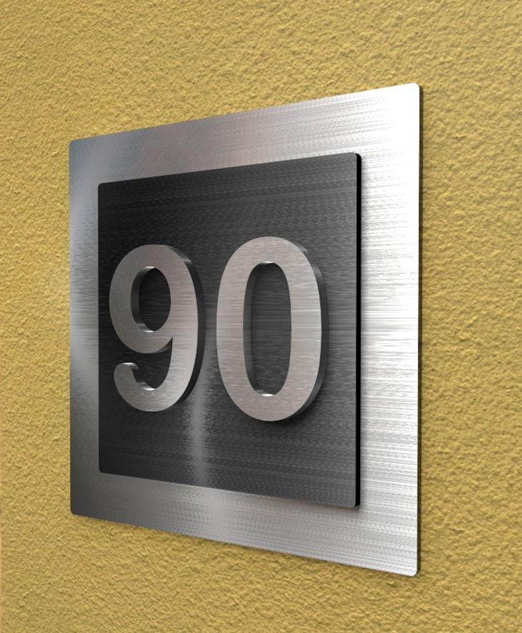 Hausnummerplatte mit 3D Hausnummer